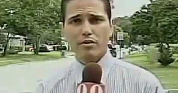 This Reporter Can T Say His Last Name Without Moving His