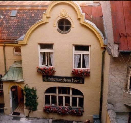 Wer Verschenkt Haus: Wer Kennt Dieses Haus Noch?