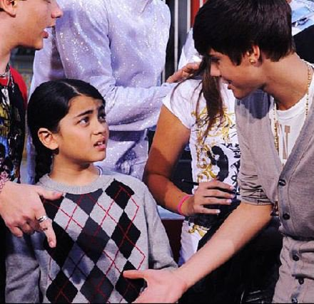Michael Jackson's son refusing to shake Justin Bieber's ...